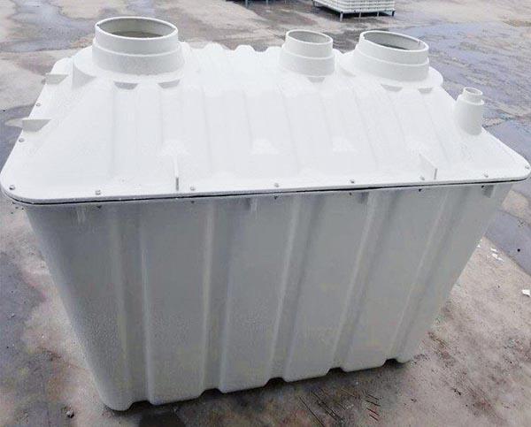 二八式模压玻璃钢化粪池